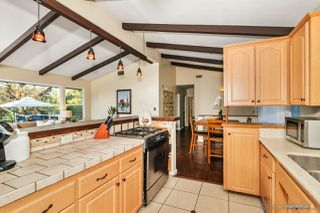 Photo 7: MOUNT HELIX House for sale : 3 bedrooms : 10814 Calavo in La Mesa