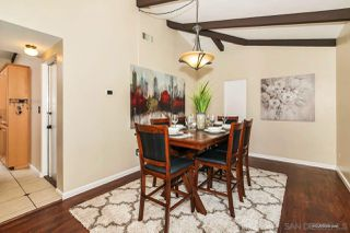 Photo 12: MOUNT HELIX House for sale : 3 bedrooms : 10814 Calavo in La Mesa