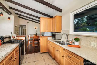 Photo 8: MOUNT HELIX House for sale : 3 bedrooms : 10814 Calavo in La Mesa