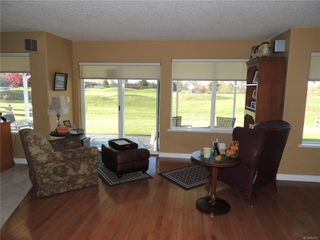 Photo 9: 587 Lowry's Rd in : PQ French Creek House for sale (Parksville/Qualicum)  : MLS®# 859917