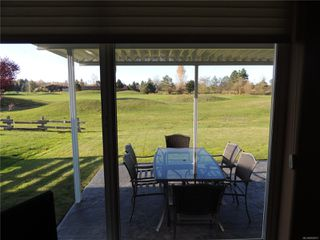 Photo 12: 587 Lowry's Rd in : PQ French Creek House for sale (Parksville/Qualicum)  : MLS®# 859917