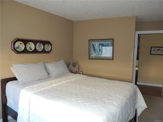 Photo 16: 587 Lowry's Rd in : PQ French Creek House for sale (Parksville/Qualicum)  : MLS®# 859917