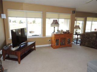 Photo 11: 587 Lowry's Rd in : PQ French Creek House for sale (Parksville/Qualicum)  : MLS®# 859917