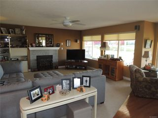 Photo 6: 587 Lowry's Rd in : PQ French Creek House for sale (Parksville/Qualicum)  : MLS®# 859917