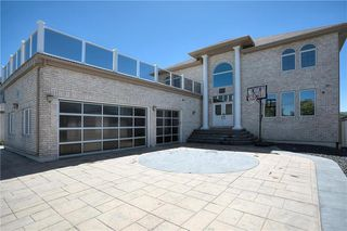 Photo 1: 974 John Bruce Road in Winnipeg: Royalwood Residential for sale (2J)  : MLS®# 202100357