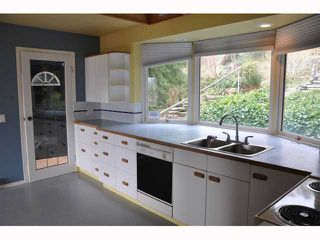 """Photo 4: 1137 MARINE Drive in Gibsons: Gibsons & Area House for sale in """"Hopkins Landing"""" (Sunshine Coast)  : MLS®# V885658"""