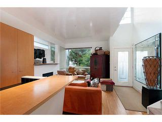 Photo 3: 1209 E 13TH Avenue in Vancouver: Mount Pleasant VE House 1/2 Duplex for sale (Vancouver East)  : MLS®# V917466