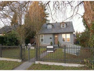 Photo 1: 33497 7TH Avenue in Mission: Mission BC House for sale : MLS®# F1401920