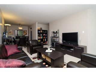 "Photo 5: 210 9946 151ST Street in Surrey: Guildford Condo for sale in ""Westchester"" (North Surrey)  : MLS®# F1414151"