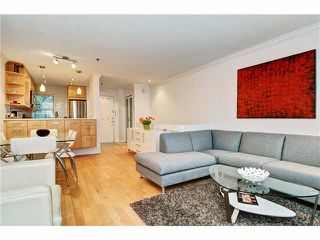 Photo 3: 3015 LAUREL Street in Vancouver: Fairview VW Townhouse for sale (Vancouver West)  : MLS®# V1089768