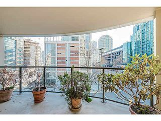 "Photo 14: 305 789 DRAKE Street in Vancouver: Downtown VW Condo for sale in ""CENTURY TOWER"" (Vancouver West)  : MLS®# V1107508"
