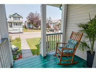 Photo 2: 201 MT ABERDEEN Circle SE in Calgary: McKenzie Lake House for sale : MLS®# C4020701