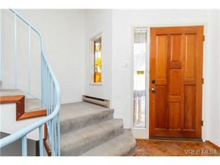 Photo 3: 911 Oliphant Ave in VICTORIA: Vi Fairfield West Row/Townhouse for sale (Victoria)  : MLS®# 711126