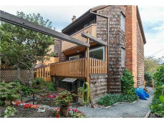 Photo 16: 911 Oliphant Ave in VICTORIA: Vi Fairfield West Row/Townhouse for sale (Victoria)  : MLS®# 711126