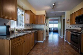 Photo 6: 5757 MAYVIEW Circle in Burnaby: Burnaby Lake Townhouse for sale (Burnaby South)  : MLS®# R2008850