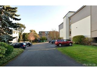 Photo 17: 405 955 Dingley Dell in VICTORIA: Es Kinsmen Park Condo Apartment for sale (Esquimalt)  : MLS®# 718107