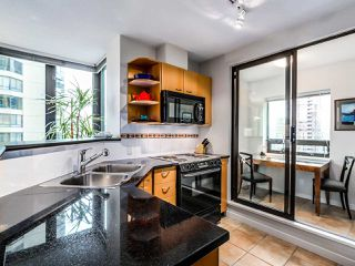 Photo 7: 902 1367 ALBERNI Street in Vancouver: West End VW Condo for sale (Vancouver West)  : MLS®# R2032752