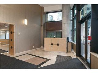 Photo 3: 902 1367 ALBERNI Street in Vancouver: West End VW Condo for sale (Vancouver West)  : MLS®# R2032752