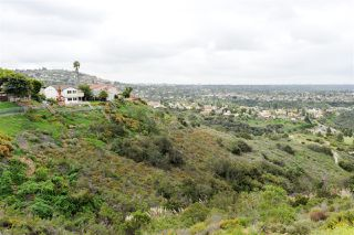 Photo 12: DEL CERRO House for sale : 3 bedrooms : 8366 High Winds Way in San Diego