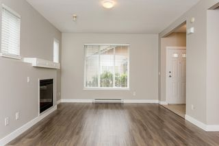 "Photo 5: 17 5839 PANORAMA Drive in Surrey: Sullivan Station Townhouse for sale in ""Forest Gate"" : MLS®# R2046887"