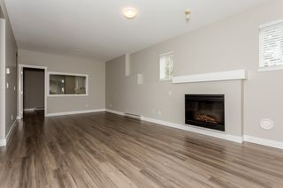 "Photo 6: 17 5839 PANORAMA Drive in Surrey: Sullivan Station Townhouse for sale in ""Forest Gate"" : MLS®# R2046887"