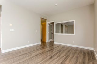 "Photo 8: 17 5839 PANORAMA Drive in Surrey: Sullivan Station Townhouse for sale in ""Forest Gate"" : MLS®# R2046887"