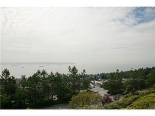 Photo 2: 45 2236 FOLKESTONE Way in West Vancouver: Panorama Village Home for sale ()  : MLS®# V1081969
