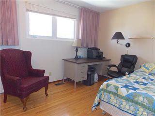 Photo 11: 60 Whitehall Boulevard in Winnipeg: Residential for sale : MLS®# 1610686