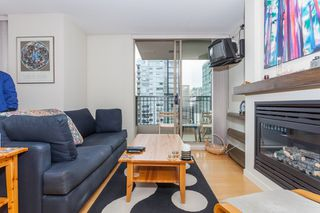 Photo 4: 1602 989 RICHARDS Street in Vancouver: Downtown VW Condo for sale (Vancouver West)  : MLS®# R2074487