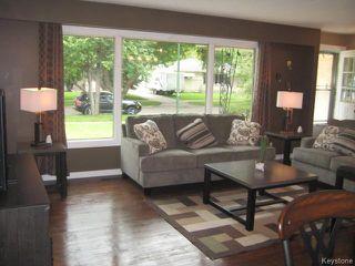 Photo 2: 43 Lincrest Road in Winnipeg: Garden City Residential for sale (4G)  : MLS®# 1622696
