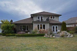 Main Photo: 4718 TAMARACK Place in Sechelt: Sechelt District House for sale (Sunshine Coast)  : MLS®# R2130229