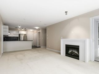 "Photo 4: 225 738 E 29TH Avenue in Vancouver: Fraser VE Condo for sale in ""CENTURY"" (Vancouver East)  : MLS®# R2146306"