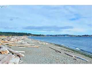 Photo 19: 208 3234 Holgate Lane in VICTORIA: Co Lagoon Condo Apartment for sale (Colwood)  : MLS®# 376091