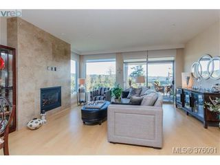 Photo 4: 208 3234 Holgate Lane in VICTORIA: Co Lagoon Condo Apartment for sale (Colwood)  : MLS®# 376091