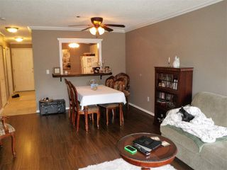 """Photo 6: 417 33165 2ND Avenue in Mission: Mission BC Condo for sale in """"Mission Manor"""" : MLS®# R2157059"""