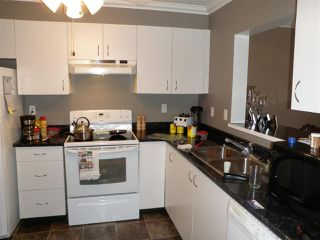 """Photo 8: 417 33165 2ND Avenue in Mission: Mission BC Condo for sale in """"Mission Manor"""" : MLS®# R2157059"""