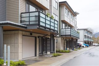"""Photo 2: 38355 SUMMITS VIEW Drive in Squamish: Downtown SQ Townhouse for sale in """"Eaglewind Natures Gate"""" : MLS®# R2157541"""