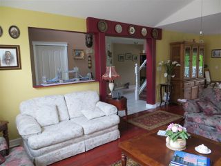 Photo 10: 320 MIAMI RIVER Drive: Harrison Hot Springs House for sale : MLS®# R2160719