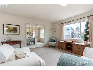 Photo 5: 2658 Musgrave St in VICTORIA: OB Estevan Single Family Detached for sale (Oak Bay)  : MLS®# 757835