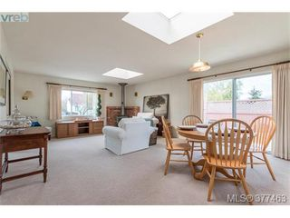 Photo 4: 2658 Musgrave St in VICTORIA: OB Estevan House for sale (Oak Bay)  : MLS®# 757835