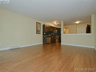 Photo 4: 206 1405 Esquimalt Rd in VICTORIA: Es Saxe Point Condo for sale (Esquimalt)  : MLS®# 758598