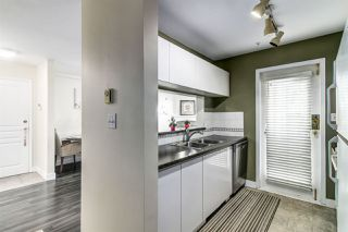Photo 10: 6 8450 JELLICOE STREET in Vancouver: Fraserview VE Condo for sale (Vancouver East)  : MLS®# R2171112
