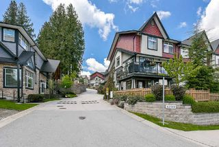 Photo 2: 102 6299 144 STREET in Surrey: Sullivan Station Townhouse for sale : MLS®# R2176928