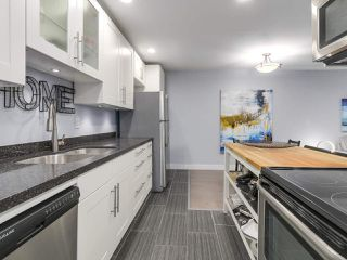 """Photo 12: 104 2935 SPRUCE Street in Vancouver: Fairview VW Condo for sale in """"LANDMARK CAESAR"""" (Vancouver West)  : MLS®# R2196677"""
