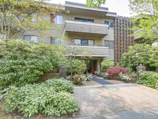 "Photo 15: 104 2935 SPRUCE Street in Vancouver: Fairview VW Condo for sale in ""LANDMARK CAESAR"" (Vancouver West)  : MLS®# R2196677"