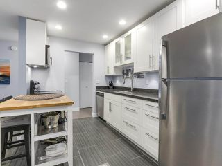 """Photo 11: 104 2935 SPRUCE Street in Vancouver: Fairview VW Condo for sale in """"LANDMARK CAESAR"""" (Vancouver West)  : MLS®# R2196677"""