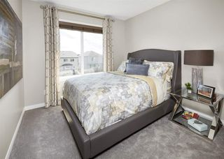 Photo 4:  in Edmonton: House Half Duplex for sale : MLS®# E4081363