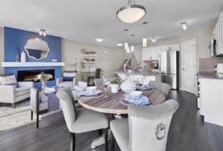 Photo 2:  in Edmonton: House Half Duplex for sale : MLS®# E4081363