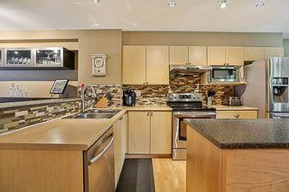 """Photo 4: 41 12711 64 Avenue in Surrey: West Newton Townhouse for sale in """"Palette on the Park"""" : MLS®# R2219294"""