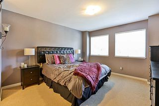 """Photo 11: 41 12711 64 Avenue in Surrey: West Newton Townhouse for sale in """"Palette on the Park"""" : MLS®# R2219294"""